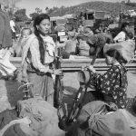ये आसाम राइफल्स के जवानों के घर की महिलाएं हैं। चीन सीमा पर तनाव के बाद जवान फ्रंट की ओर जाने की तैयारी में हैं।
