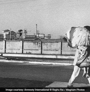 bhopal gas tragedy image by raghu rai